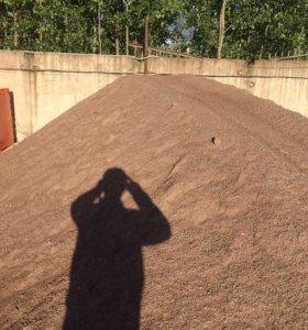 Песок ,щебень ,земля
