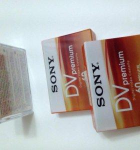 2 кассеты miniDV + 1 чистящая кассета