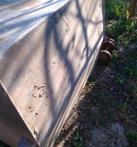 Алюминиевый бак под жидкости