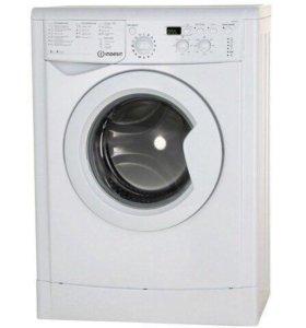 Новая стиральная машинка Indesit