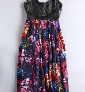 Платье DKNY 44