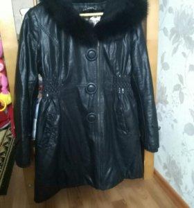 Куртка ,пальто кожа (хорошего качества)