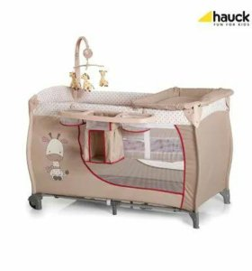 Кровать-манеж hauck