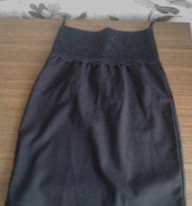 Школьная юбка,темно- синяя,размер 38,