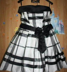 Праздничное платье на корсете