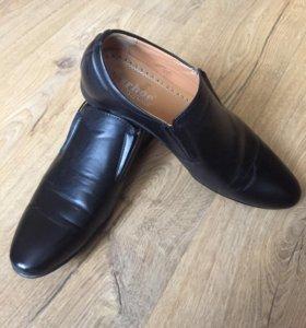 Туфли мужские 40 б/у 3 раза