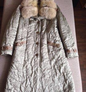 Фирменное пальто на синтепоне р.48-50