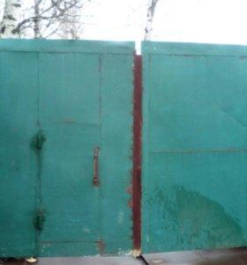 Ворота с калиткой в варотене