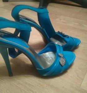Туфли и босоножки 39р-р