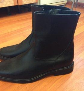 Ботинки ,сапоги мужские новые