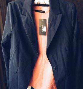 Пиджак синий удлинённый новый