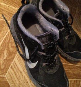 Кроссовки 👟 Nike