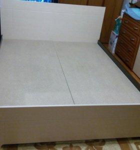 Кровать двух спальная 1640×2040,новая в упаковке!