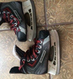 """Хоккейные коньки """"Bauer"""""""
