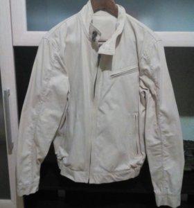 Новая Мужская куртка. Размер 48.
