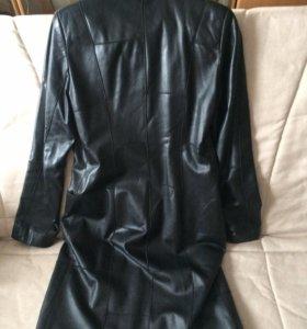 Кожаный плащ куртка