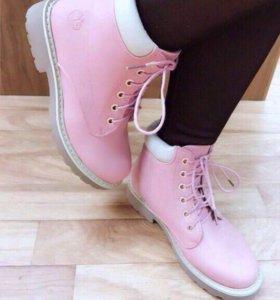 Ботинки женские Тимберленды (Timberlands). новые