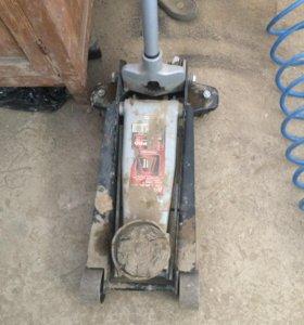 Оборудование для шиномантажа