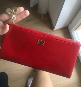 кошелёк красный