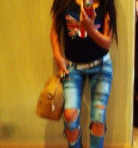 Лето, мода ,рваные джинсы