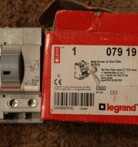 Диф. автомат 2P 16A 6kA Legrand 30mA (007919)