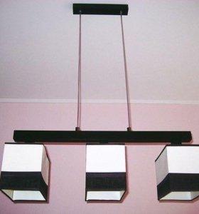 Люстра с 3 светильниками