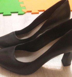 кожаные туфли размер 37.