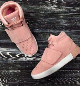 Новые кроссовки Адидас😻