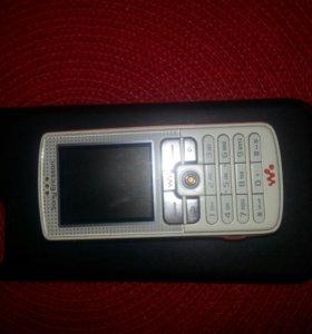 Телефон Sony Ericsson W800i