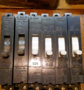 Автоматический выключатель типа АЕ2044М