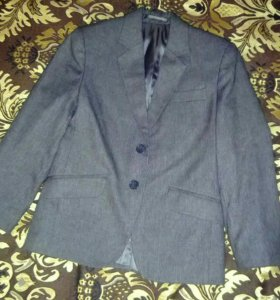 Пиджак на мальчика школьный