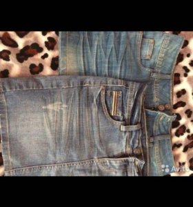 Джинсовые юбки и жилетка