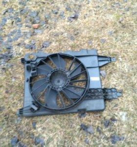 Дифузор радиатора рено меган 2