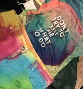Костюм. Джинсовые шорты и футболка.