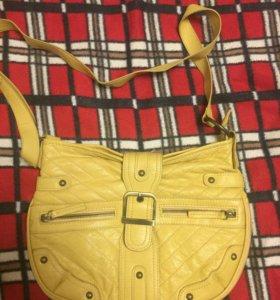 Желтая яркая сумка