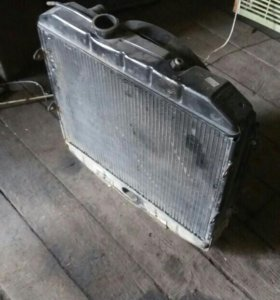 Радиатор на УАЗ почти