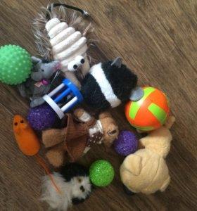 Игрушки для кошек и собак
