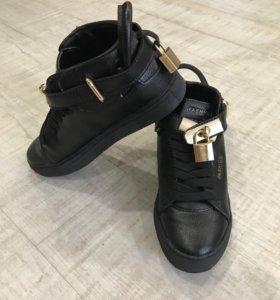 Новые п/ботинки