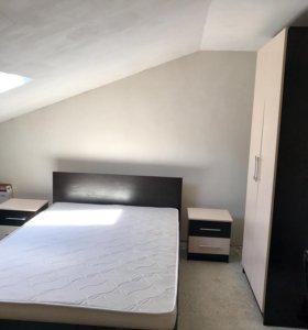 Спальный гарнитур.кровать,матрас,шкаф,2тумбы