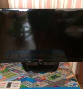 Телевизор LG б/у 4 месяца!срочно!ТОРГ!!!