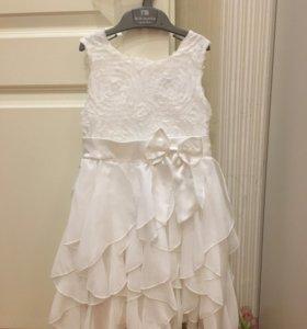 Новое платье нарядное