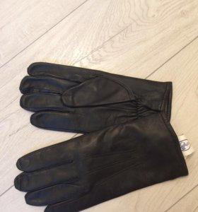 Мужские перчатки новые