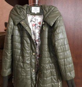 Куртка женская 44 размер