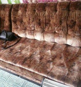 Угловой диван б.у
