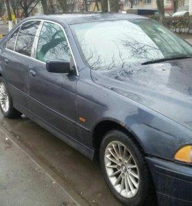 BMW 525 E 39