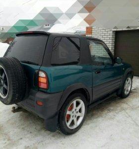 Toyota RAV4 1996 г.в.