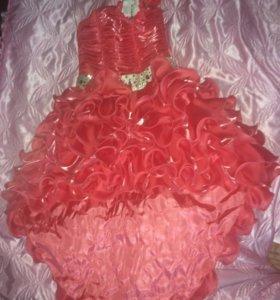 Платье детское на праздник)возраст от 6-до 9лет