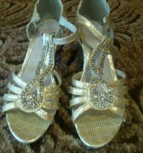 Обувь для девочек (37р-р)