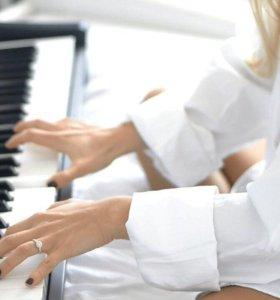 Обучаю нотной грамоте и игре на фортепиано