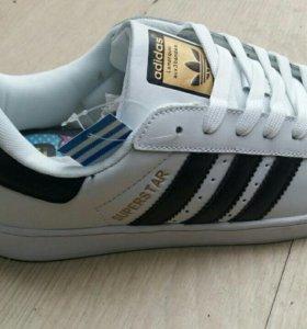 Кроссовки Adidas Supetstar